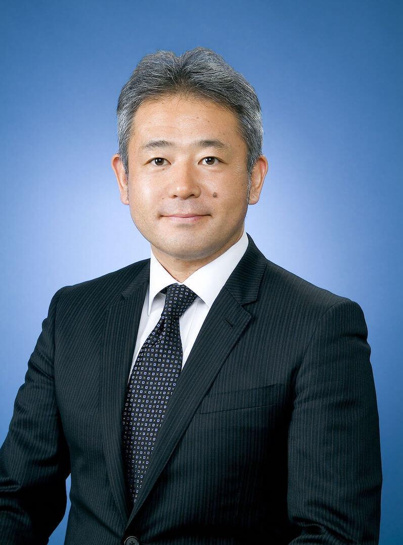 新井 恒紀理事長